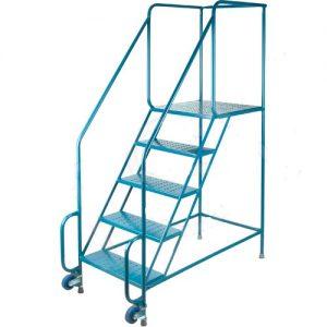 Ladder on wheels